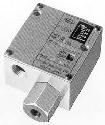 TOYOOKI HW1-3T1-02-DC-L Pressure Switch